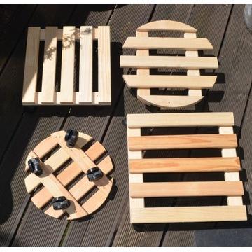 Podstawki drewniane pod doniczki na kółkach