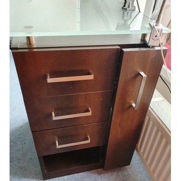Drewniany stół do manicure / biurko