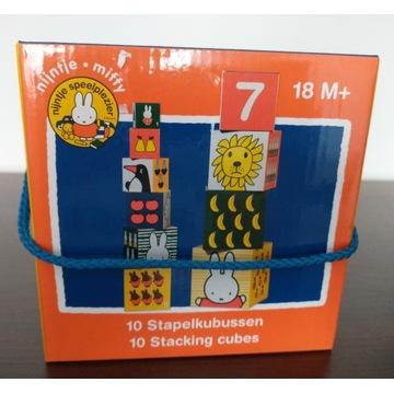 Edukacyjny zestaw klocków piramida Jedno w drugie