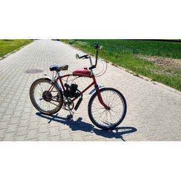 Rower miejski z silnikiem spalinowym