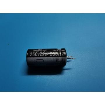 Kondensator 250V 22uF