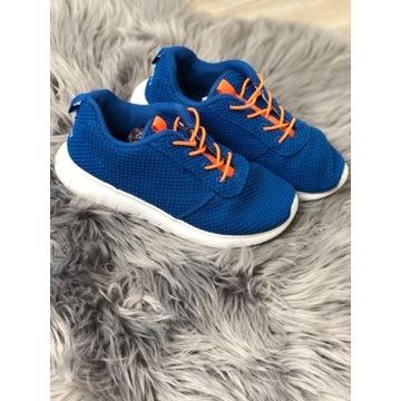 Sportowe buty Vty rozmiar 35 wkładka 21,5 cm