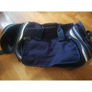 Duża pojemna turystyczna sportowa torba. Rolling.