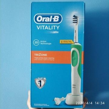 Szczoteczka elektryczna Oral-B Vitality Trizone