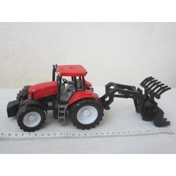 Traktor z maszynami rolniczymi, w oryg. opakowaniu