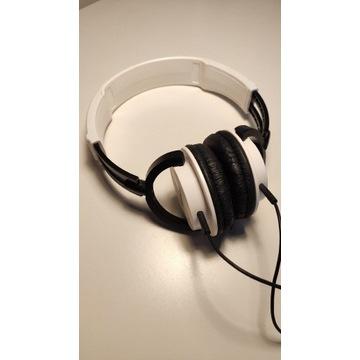 Słuchawki przewodowe nauszne