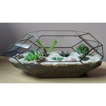 Doniczka - terrarium - dla roślin i dekoru.