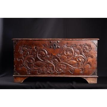 Skrzynia rzeźbiona - Indonezja - drewno tekowe