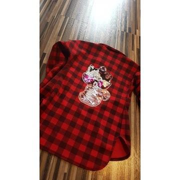 Modna koszula dla dzeiwczynki w krate z aplikacją