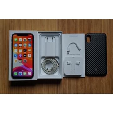 iPhone X 64 GB - komplet - bateria 88%