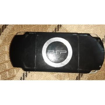 Psp Sony z dodatkową baterią i grami w pamięci
