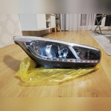 Lampa Led prawa  Kia Ceed 2012<
