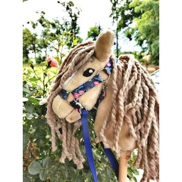 Koń Hobby Horse na kiju + zestaw - Priscilla