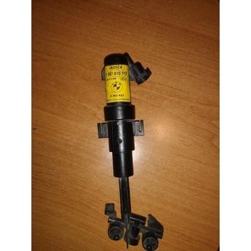 SPRYSKIWACZ LAMPY PRAWY ORI BMW 8362823