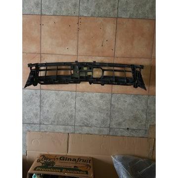 AUDI A7 S7 mocowanie wzmocnienie grilla 4G8807233