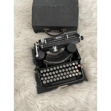 Przedwojenna maszyna do pisania TRIUMPH