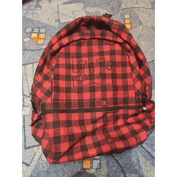 Plecak DC Shoes USA czerwony w kratę miejski skate