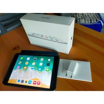 Apple iPad mini 2 WiFi BT 32GB Etui BEZ BLOKAD
