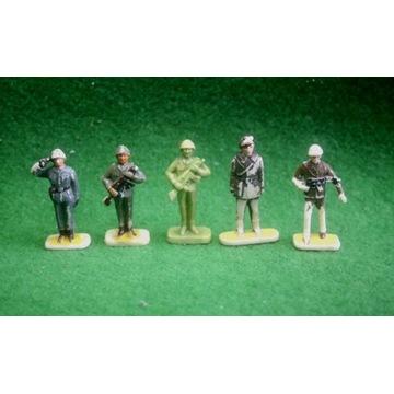 Żołnierzyki LWP stare duże PRL figurki + desant