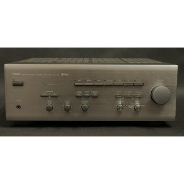 Yamaha AX 730