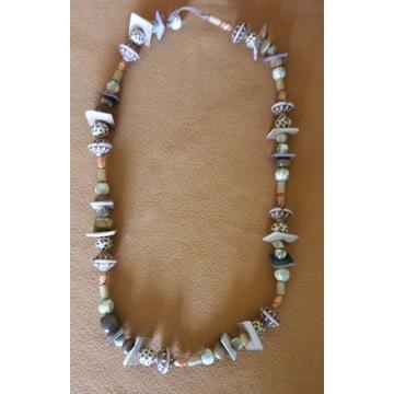 Korale AGATY z masą perłową.Naszyjnik z agatów.