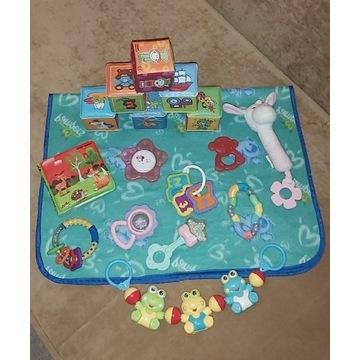 Zabawki dla niemowlaka, grzechotki, klocki