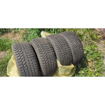 Opony Bridgestone Blizzak LM-25 195/55 R15 85H