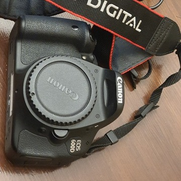 Canon Eos 600D lustrzanka cyfrowa body