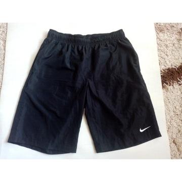 Spodenki Nike r M-koszulka,bluza GRATIS