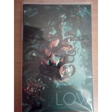 Low vol. 1 komiks