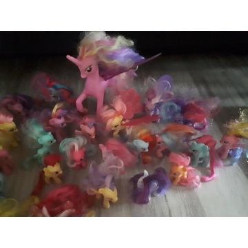 Duży zestaw koników my Little pony z zamkim