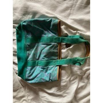 Niebieska torba plażowa