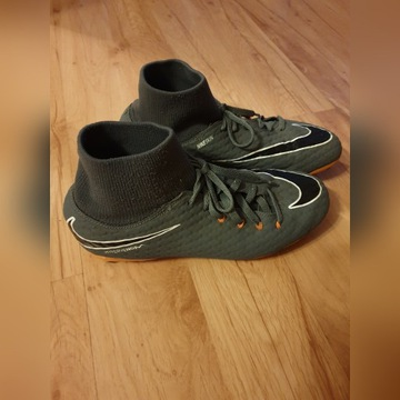 Korki Nike roz 38.5