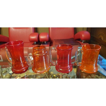 Horbowy 4 kufle , wazon, huta Sudety