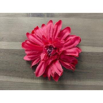 Ozdobny kwiat - kolor morelowy