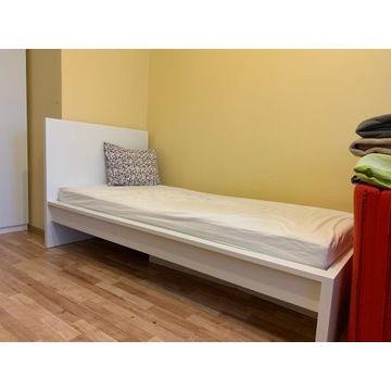 łóżko jednoosobowe  IKEA MALM białe  + materac
