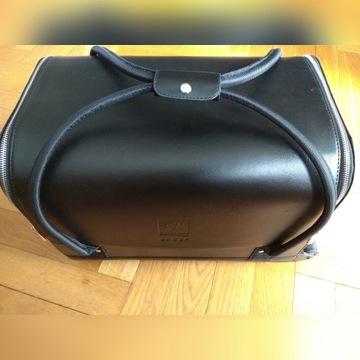 OKAZJA! NOWY duży kuferek walizka na kosmetyki