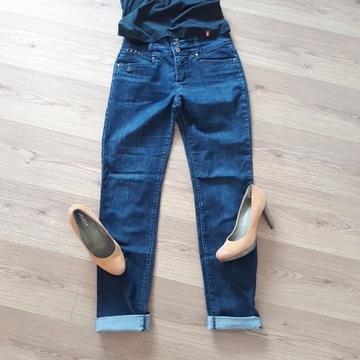 Spodnie dżinsowe WYSOKI STAN 38