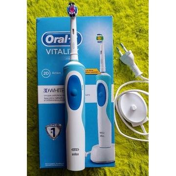 Szczoteczka do zębów Oral-B Vitality Braun