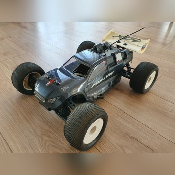 Model RC Truggy GS XUT Pro-Line 4x4 1:8