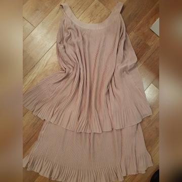 Jovonnista sukienka plisowana pudrowa 12 40