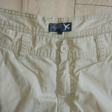 Spodnie spodenki szorty TRAVELLER