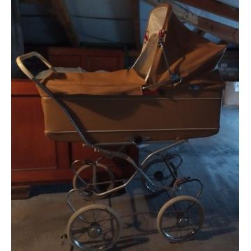 Wózek dla dziecka - gondola lata 70-te