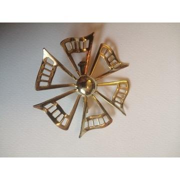 Złota broszka metal RETRO vintage PRL