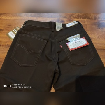 Levis coupe droite w30 l34 dark brown