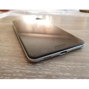 HTC U Ultra (biały, stan idealny) + dodatki
