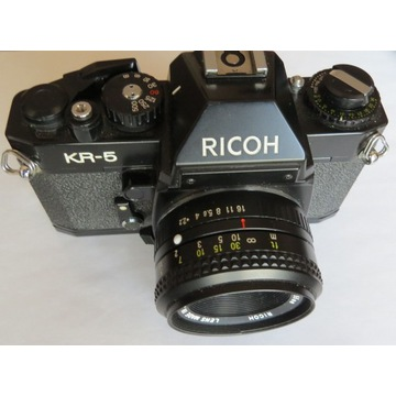 RICOH KR-5 z obiektywem + futerał