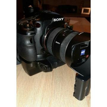 Sony a77,Zeiss 16-80,50mm f1.4,lampa, grip. Okazja