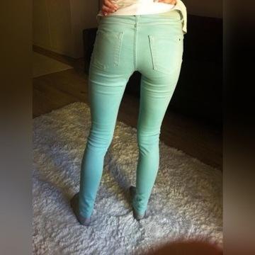 Miętowe spodnie zara xs 34 wiosenne jeansy