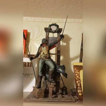 Figurka Assassins creed gilotyna jak nowa